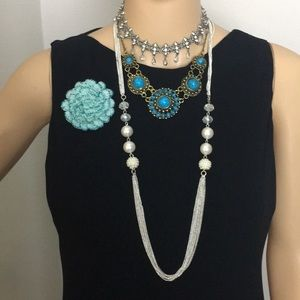 4 pieces of jewelry-3 necklace and 1 pin